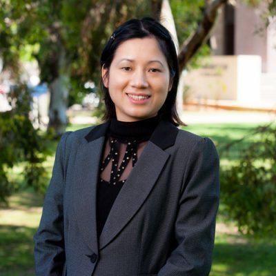 Huong Le, M DevEc, MAppStat, PhD Ec